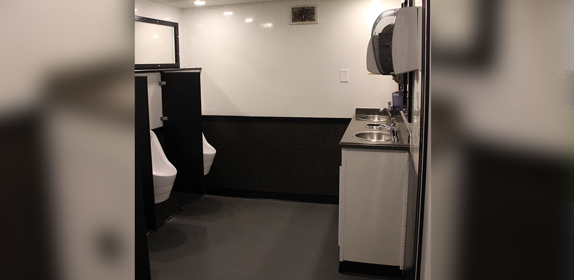 restroom4